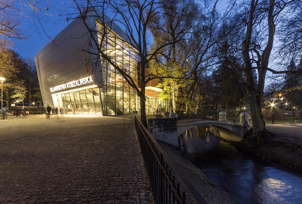 Filharmonia Koszalińska - projekt Autorska Pracownia Architektoniczna - Jacek Bułat. Fot. Bartosz Warzecha