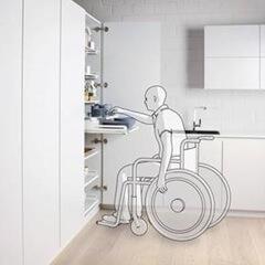 Półki wysuwane - łatwy dostęp dla osoby niepełnosprawnej